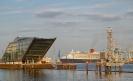 Queenmary in Hamburg beim Auslaufen